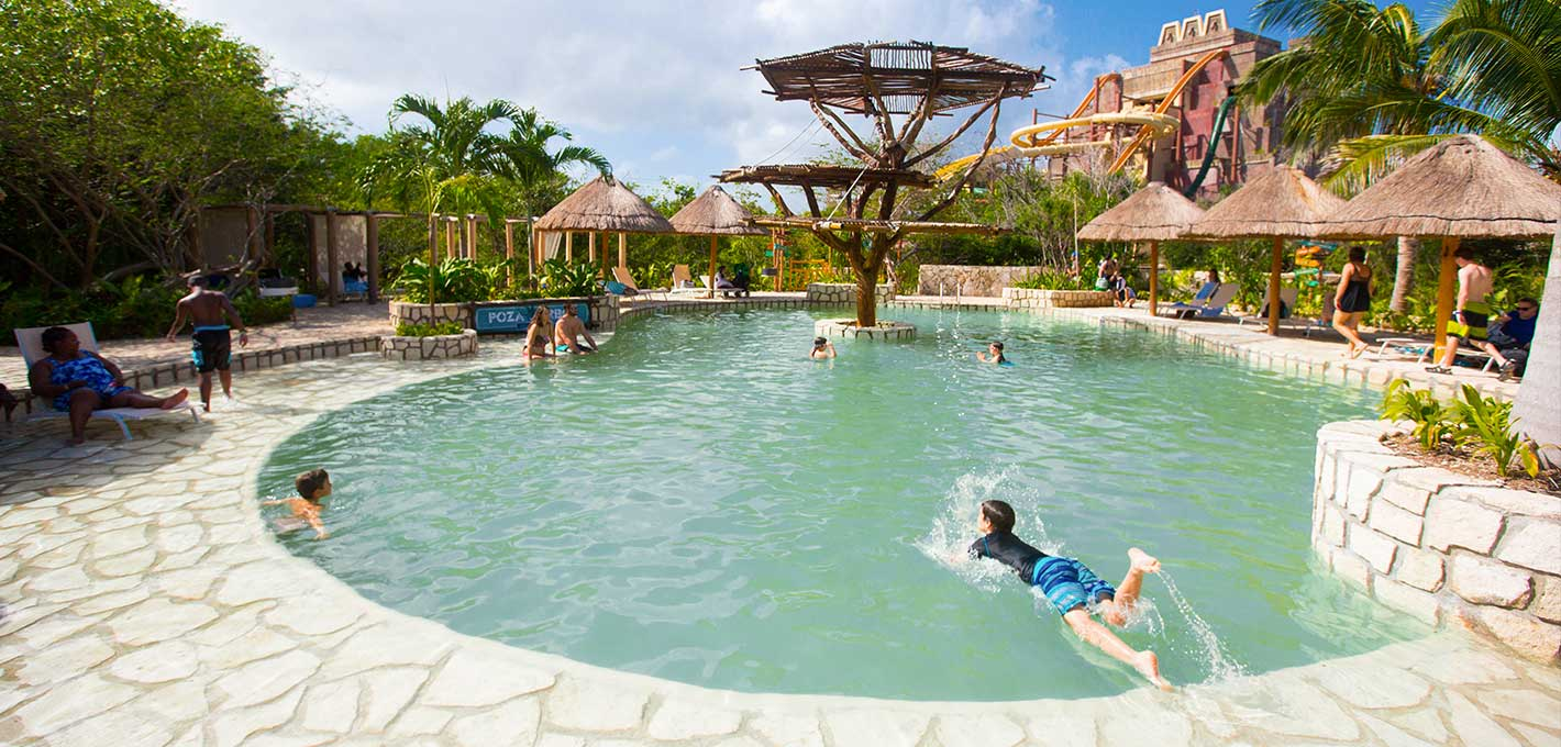 Enjoy poza del árbol one of the relax pools at Maya Water Park