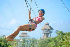Zipline flight over the jungle at Mayá water park.