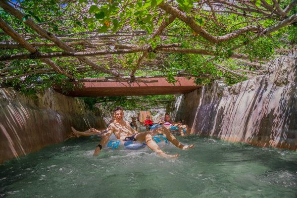 Déjate llevar por la corriente de este mágico río lento y disfruta de los sonidos de la naturaleza en Mahahual